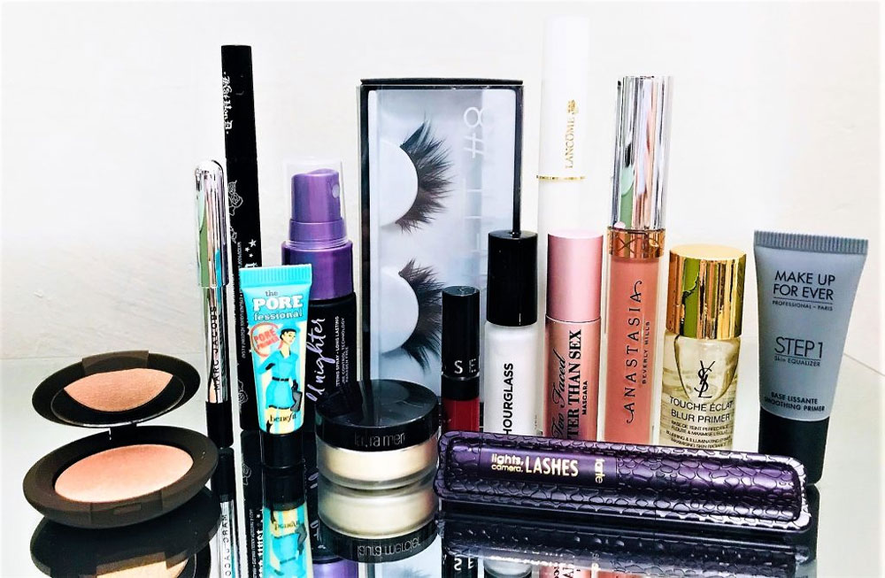 Hedendaags 2018 Sephora Favorites Superstars - Putting On My Face YZ-01